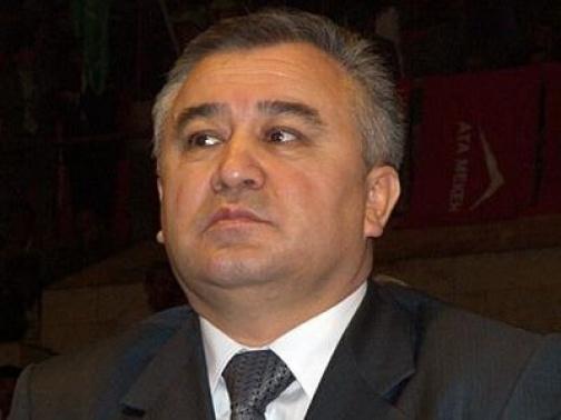 Заявил сегодня, 12 апреля, лидер партии Ата-Мекен Омурбек Текебаев в.