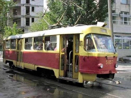 Курянка покалечилась в трамвае