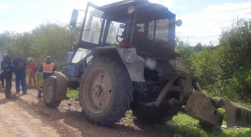Из-за гибели пенсионера под трактором в Удмуртии завели дело